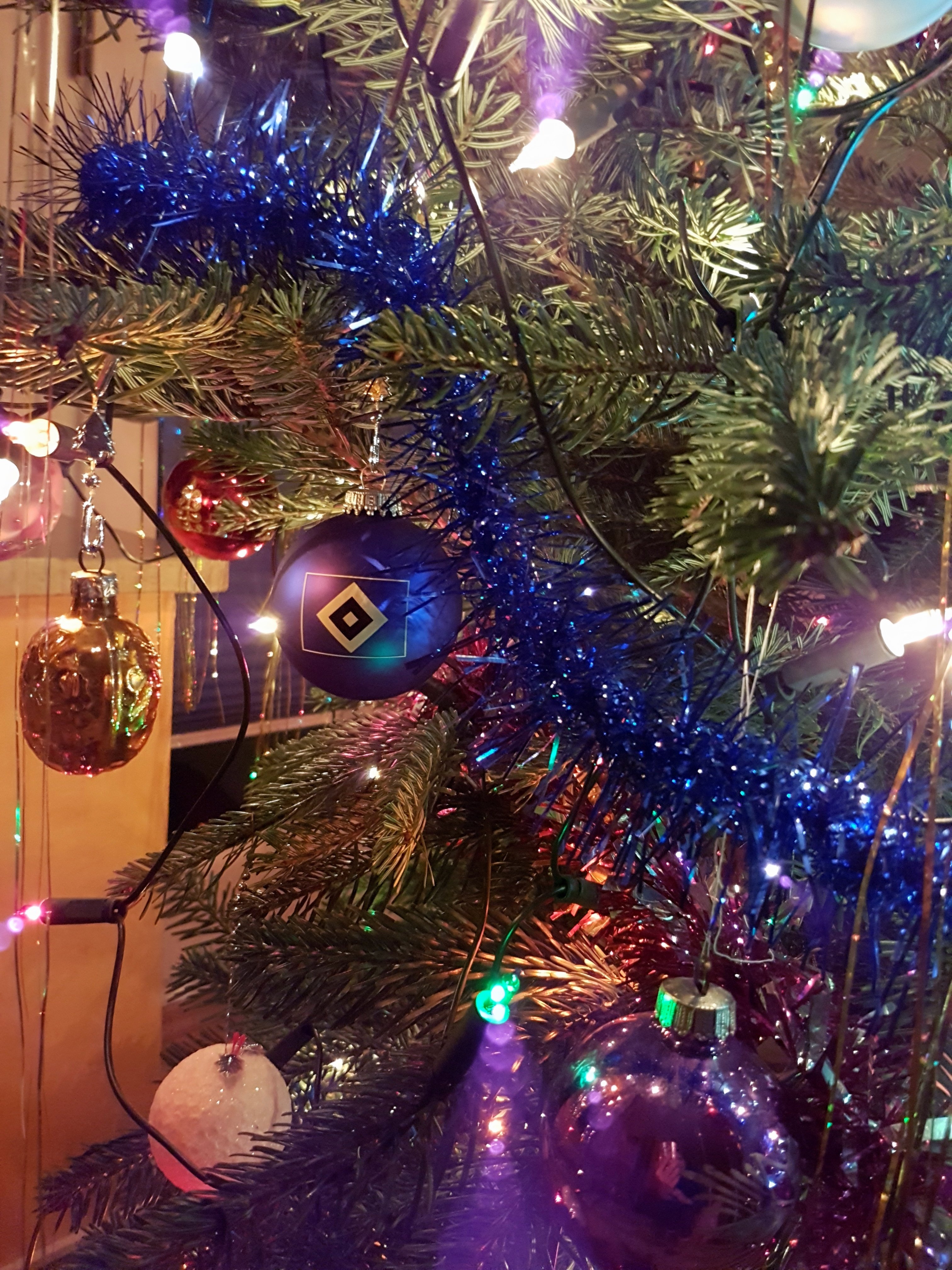 Frohe Weihnachten Hsv.Frohe Weihnachten Und Einen Guten Rutsch Hsv Fanprojekt
